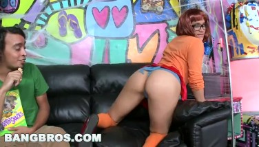 Bangbros  Halloween With Jada Stevens In A Massive Bum Chased Mansion