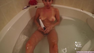 Underwater Stroking In The Bathroom Then Magic Wand And Finger-tickling To Complete Up...