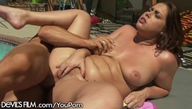Swinging Housewife Spills All Over Poolboy's Cock