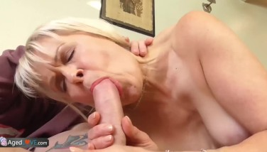 Hardcore Cougar porno