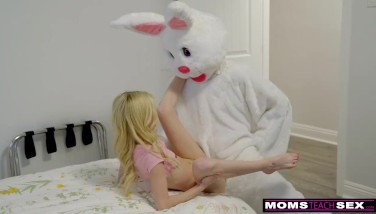 Mom And Daughter Hunt For Easter Bunny Spunk-pump And Jizz S7e9