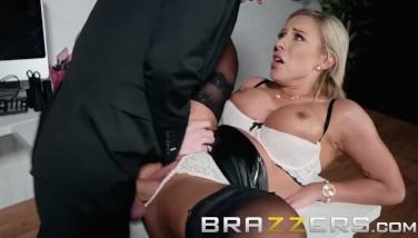 Brazzers  Muddy Chief Lili Vanilli Wants Some Thick Cock