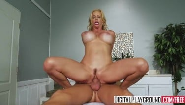 Mother In Law's Rubdown With Alexis Fawx And Justin Hunt