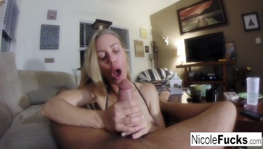 Home Flick Of Nicole Aniston Providing A Point Of View Deepthroat Job
