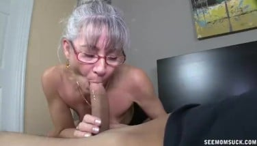 Moms Enjoy For Youthful Spunk-pumps Makes His Day