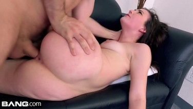Jenna Reid Takes An Astounding Face Plowing For Bang