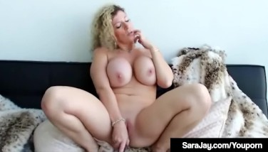 Busty Huge Rump Mummy Sara Jay Works Out Her Pulsating Pussy