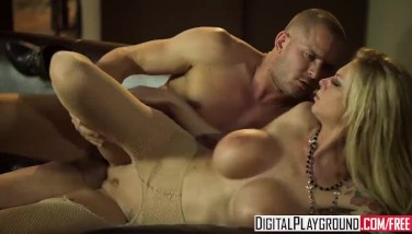 Digital Playground  Goth Light-haired Brooke Banner Knows Her Way Around A Stick And Balls