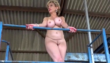 Lady Sonia Peels Off Out Of Her Sundress In Public