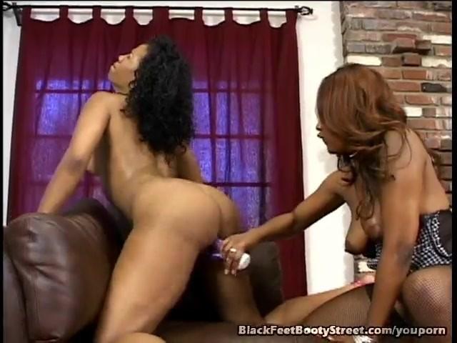 Mature Ebony Lesbians Tribbing