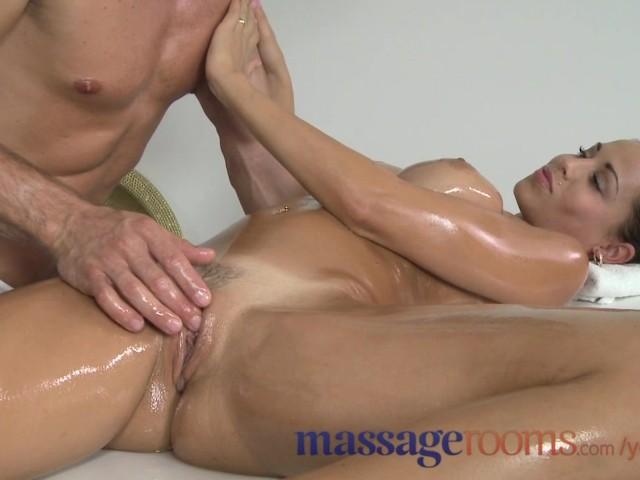 Massage Apartments Insane Yam Sized Knockers Stunner Luvs Every
