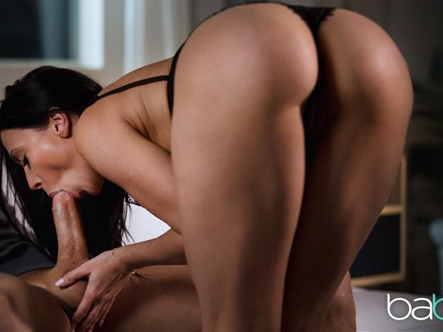 Rachel Starr Bubble Butt