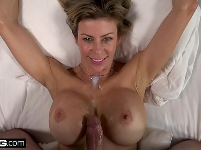 Alexis Fawx Squirt Lesbian