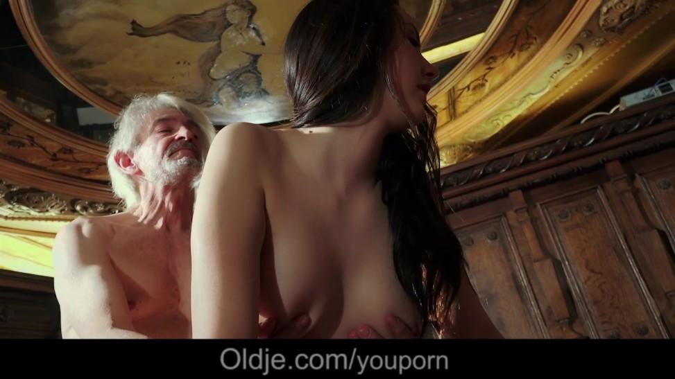 Gray Grandpa Seduced By Cute Teenage Lady For His Old Cum (06:24) -  Letmejerk.com
