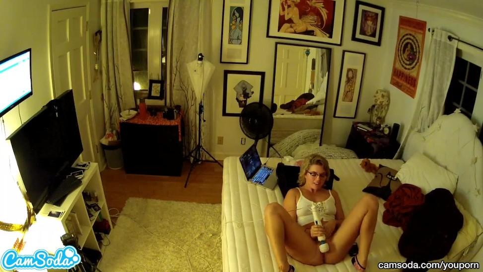 Mature Woman Teen Lesbian