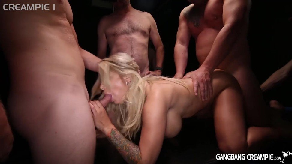 Tall Blonde Milf Creampie