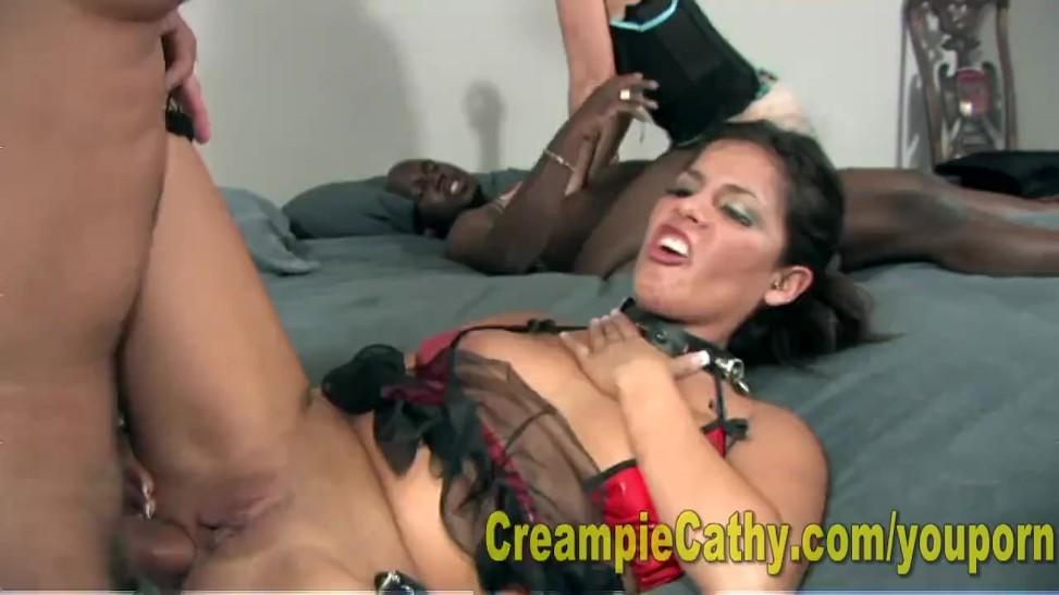 Anal creampie gangbang Ebenholz Creampie-Clips