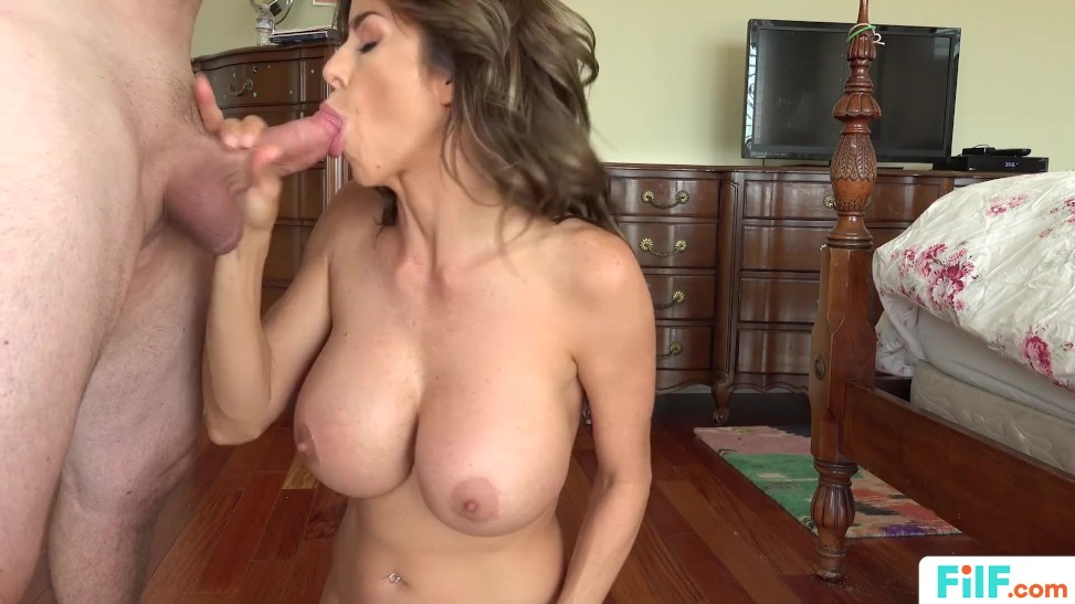 Stepson Creampies Stepmom Pov
